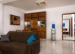 Laila's Holiday Apartments - Larnaca