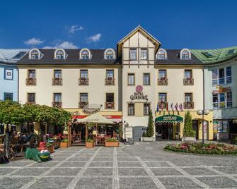 Hotel Gendorf - Hohenelbe - Gebäude