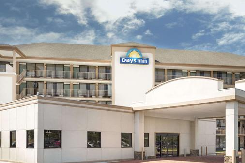 Days Inn by Wyndham Columbus-North Fort Benning - Columbus - Toà nhà