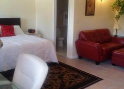 Dundee Bay Villas - Freeport - Bedroom