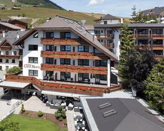 Verwöhnhotel Chesa Monte - Fiss - Building