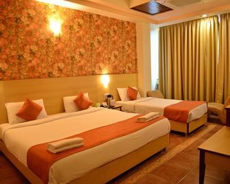 Goa Woodlands Hotel - Margao - Bedroom