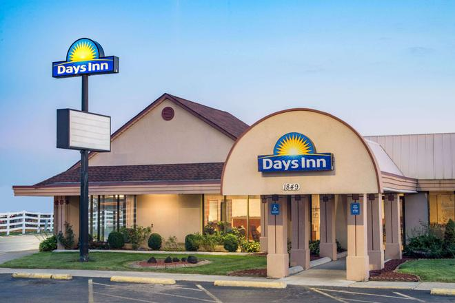 Days Inn by Wyndham Grove City Columbus South - Grove City - Building