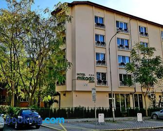 Mikado Hotel - Burgas - Building
