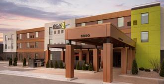 Home2 Suites by Hilton Milwaukee Airport - מילווקי