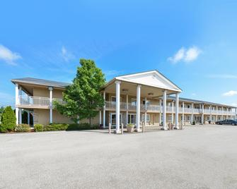 Americas Best Value Inn Austinburg - Austinburg - Building
