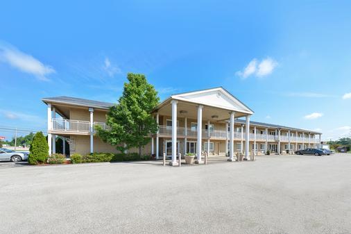 Americas Best Value Inn Austinburg - Austinburg - Building