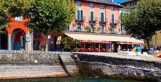 Hotel New Elvezia - Ascona - Κτίριο