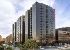 Ramada Hotel & Suites by Wyndham Ajman - Ajman - Building