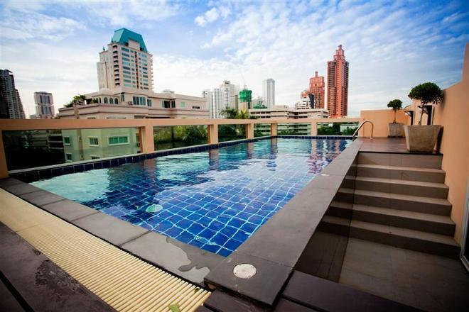 素坤逸20號iCheck旅館公寓 - 曼谷 - 游泳池