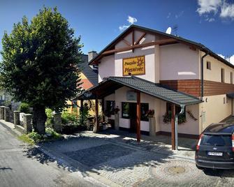 Penzion Plesnivec - Deutschendorf - Gebäude