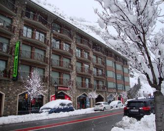 Apartamentos Canillo Pie de Pistas 3000 - Canillo - Building
