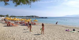 Iria Beach Art Hotel - Agia Anna