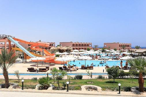 The Three Corners Happy Life Beach Resort - Marsa Alam - Bể bơi