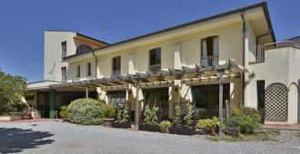Hotel Carignano - Lucca - Gebäude