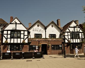 The White Swan Hotel - Stratford-upon-Avon - Building