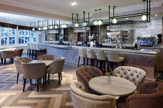 Sir Christopher Wren Hotel and Spa - Windsor - Bar
