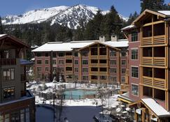 The Village Lodge - Mammoth Lakes - Building