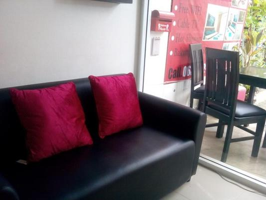 Sunshine Guesthouse - Patong - Living room