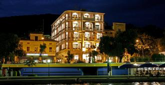 Hotel Mozart - Opatija - Edifício