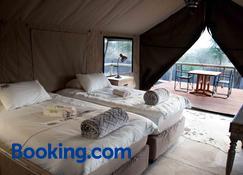 Taranga Safari Lodge - Rundu - Schlafzimmer