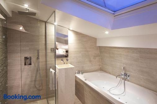 Hotel Georgette - Paris - Bathroom