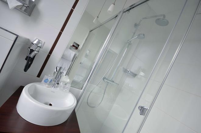 Kyriad Prestige Dijon Centre - Dijon - Bathroom