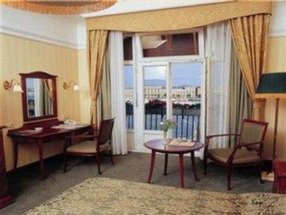 Century Hotel Shunde - Foshan - Makuuhuone