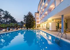 Hotel Olympia - Lignano Sabbiadoro - Pool
