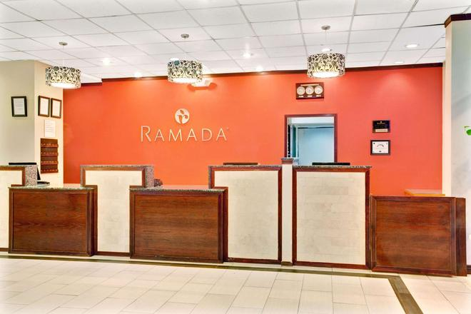 Ramada by Wyndham Salt Lake City Airport Hotel - Salt Lake City - Recepción