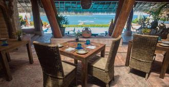 La Casa Que Canta - Ixtapa Zihuatanejo