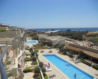 Lagada Bay Resort - Makry Gialos - Pool