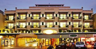 Il Palazzo Holiday Apartments Cairns - Cairns - Edificio