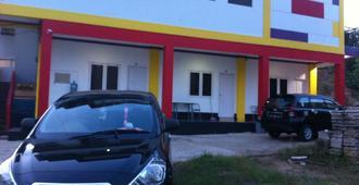 Emweka Guest House And Pavillion - Balikpapan