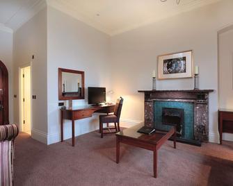 Macdonald Kilhey Court - Wigan - Room amenity