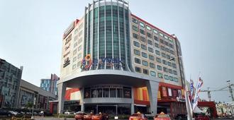 巴厘巴板加特拉酒店 - 峇里巴板 - 峇里巴板 - 建築