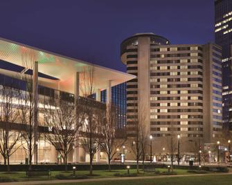 Hyatt Regency Louisville - Louisville - Building