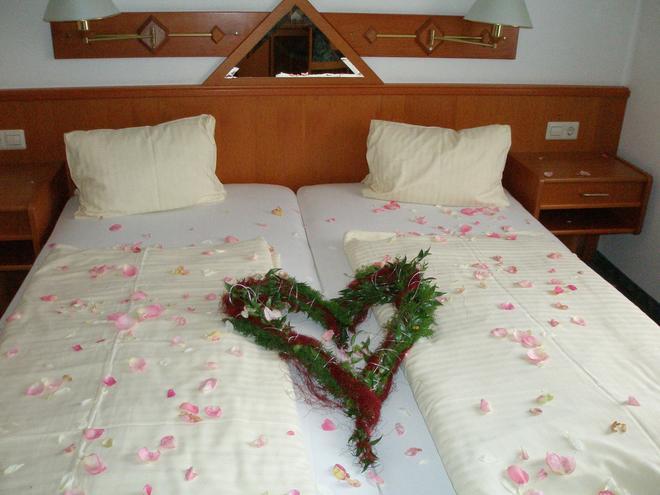Hotel Fischgasthof Jerolitsch - Krumpendorf - Bedroom