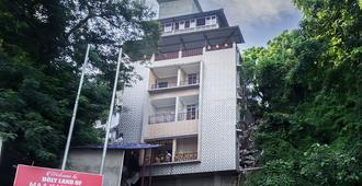 Oyo 5638 Om Regency I - Guwahati