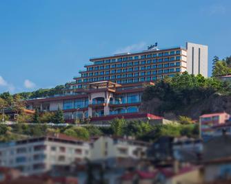 Radisson Blu Hotel Trabzon - Trabzon - Building