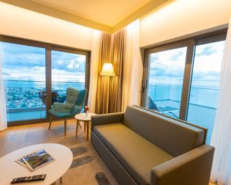 Radisson Blu Hotel Trabzon - Trabzon - Wohnzimmer