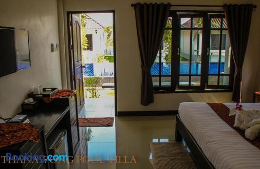 Thanawong Pool Villa - Sukhothai - Living room