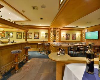 Michel & Friends Hotel Lüneburger Heide - Hodenhagen - Ресторан