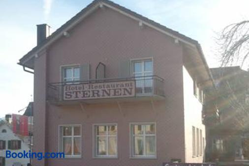 Hotel Restaurant Sternen - Glarus Nord - Building