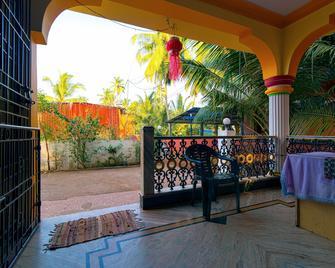 Morjim Guest House - Morjim - Балкон