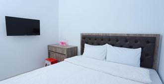 Ratana Cengkareng - Jakarta - Bedroom