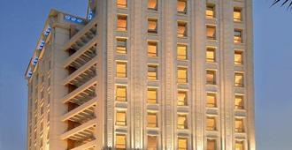 Grand Hometel Malad - Bombay - Edificio