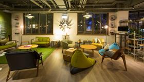 Light Hostel.tn - Tainan City - Lounge