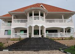 Victoria Royal Beach Hotel - Entebbe - Rakennus