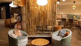 Novotel Suites Nice Airport - Nice - Salon
